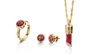 Ashes into Glass Cremation Jewellery